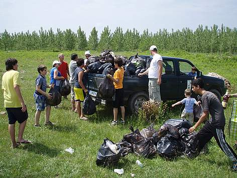 Volunteers participate in WWF's National Day of Nature Parks in Persina Nature Park, Bulgaria, 2010 rel=