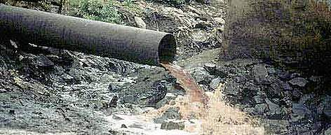 water pollution in mumbai The study points towards pollution status of the mithi river  mithi river in  mumbai city is a confluence of tail water discharges of powai and vihar lakes.