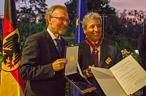 Manule Pulgar-Vidal, leader of WWF's global Climate &  Energy Practice received the prestigeous German Order of Merit from German Ambassador to Peru, Jorg Ranau.  ©Federal Republic of Germany - Peru Embassy