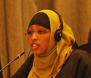 Ms. Fatima Abdullahi Mohamed (Public realties & Communication Director) represents Somali Youth Concern & Muslim Hands International during discussion session of the PanAfrican Youth Strategy.