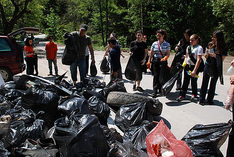 Volunteers participate in WWF's National Day of Nature Parks in Vitosha Nature Park, Bulgaria, 2010 rel=