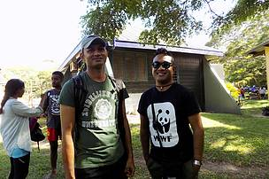 Jason Tutani (left) from the Sigatoka Sand Dunes & WWF's Alfred Ralifo