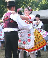 "Folk dances organised by the inhabitants of Bogojevo for TID participants. ""This year the ... / ©: WWF-Canon / Bryan Marx"