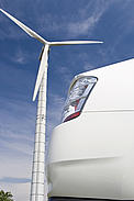 Hybrid car with wind turbine  	© Istockphoto.com / WWF-Canada