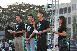 Country Director of WWF-Cambodia gave speech to youth in Earth Hour Cambodia event
