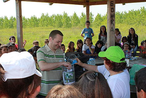 Romanian ambassador to Bulgaria H.E. Anton Pakuretu at WWF's National Day of the Nature Parks 2011 ... rel=