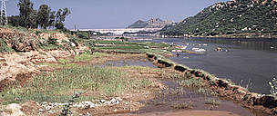 River silted and polluted Mettur Dam India  / ©: WWF / Mauri RAUTKARI