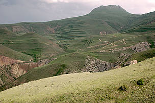 Mountain steppe - the dominating landscape zone of the planned Gnishik Protected Area