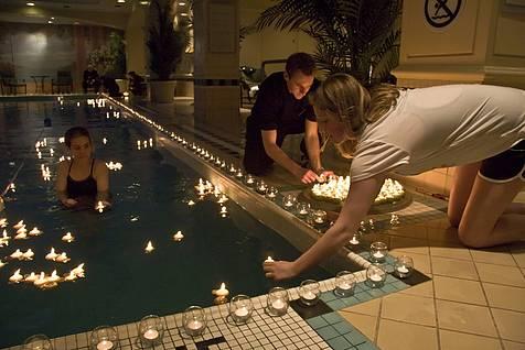 Nuevos aliados de la hora del planeta en colombia y el for Velas flotantes piscina
