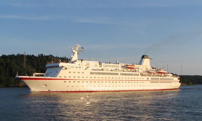 Cruise Ships Continue To Foul The Baltic Sea WWF - Cruise ship sewage