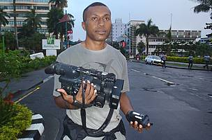 Camera/Reporter - Laisiasa Kubu walked the 30 kilometers with the President capturing his IWIYW on video