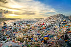 Plastic waste at the Thilafushi waste disposal site, Maldives © Shutterstock / Mohamed Abdulraheew / WWF