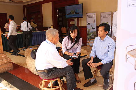 Conversations and interviews at the rattan dissemination workshop. rel=
