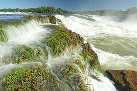 Salto Augusto falls in the Juruena River (state of Mato Grosso), Brazil  	© Zig Koch
