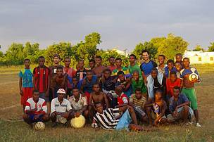 Stephan Waeber of Switzerland playing soccer with local community during his WWF volunteer ...  	© WWF / Stephan Waeber