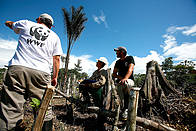WWF Staff working  	© Brent Stirton / WWF