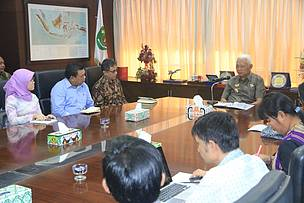 East Kalimantan, MoU signing, heart of borneo, carbon emission