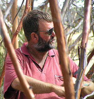 WWF-Australia works closely with landowners like Ken Liebeck to help maintain native biodiversity ... / ©: Chris Curnow / WWF