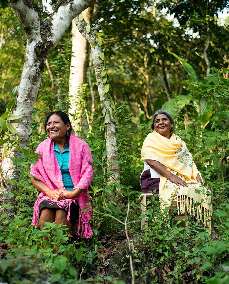 Imagen: mujeres de la comunidad