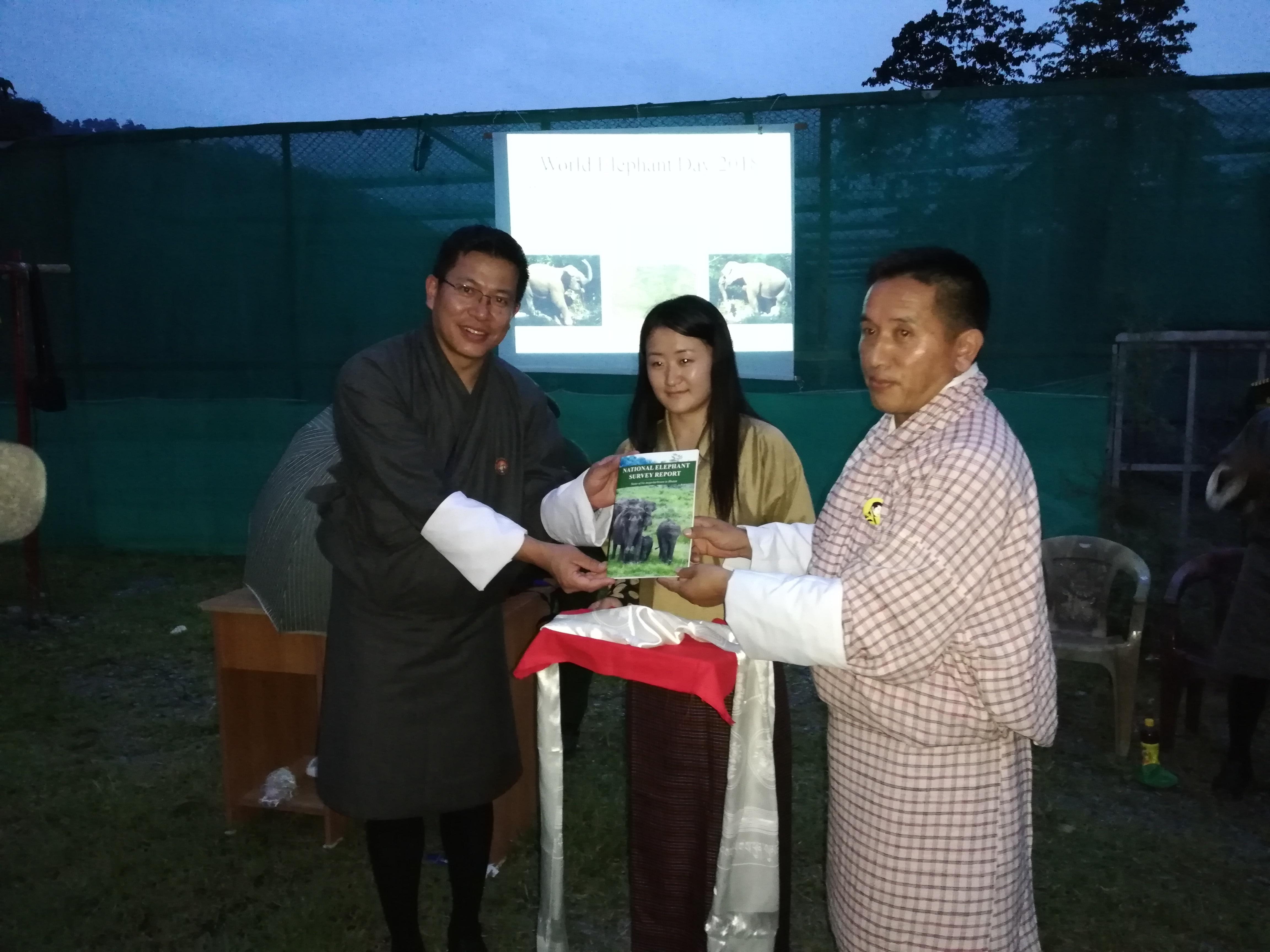 678 Gentle Giants Roam Bhutan's Forests | WWF