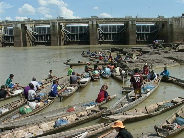 Boats at Pak Mun Dam in Thailand.