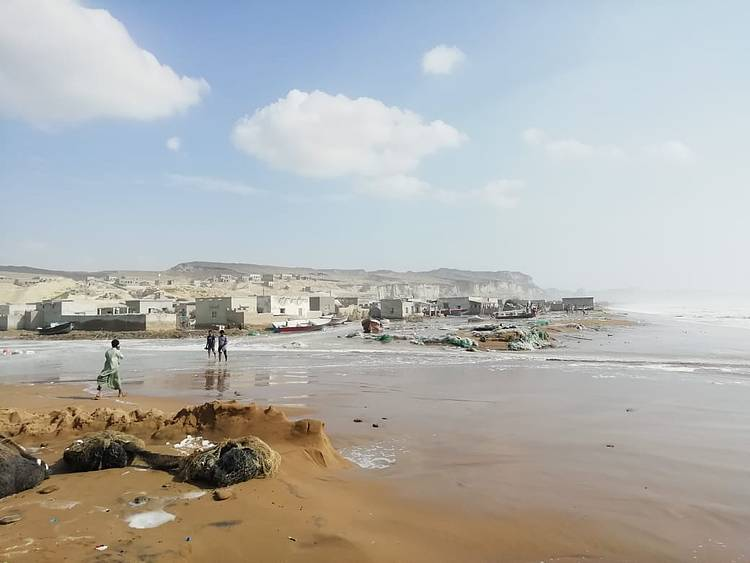 Cyclone Kyarr leads to increase in plastic pollution along Balochistan coast