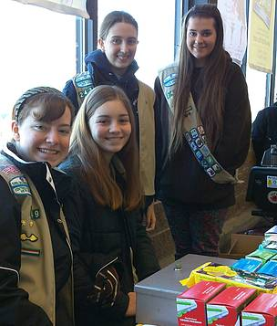 Inspiring Girl Scout troop helps save endangered species with WWF and Earth Hour