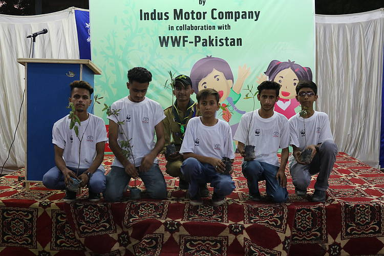 WWF-Pakistan and Indus Motor Company partner for clean and green Karachi